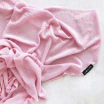 roza odeja iz bambusa